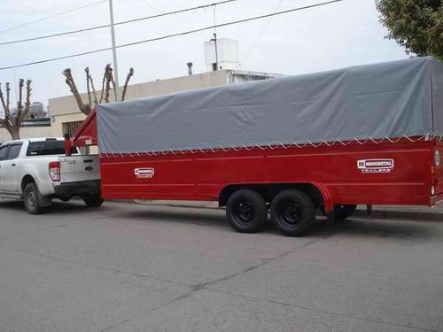 trailer traslado materiales construccion