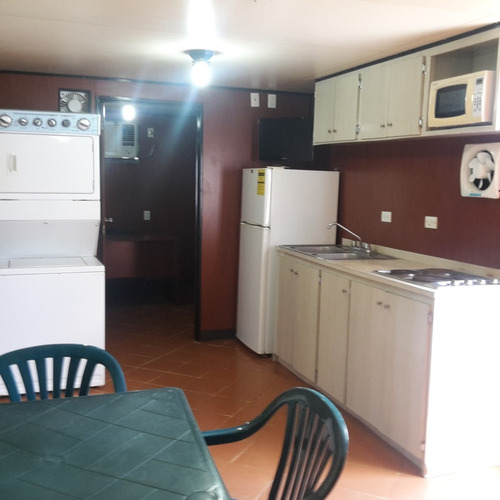 trailer vivienda, dormitorio, oficina, laboratorio, etc