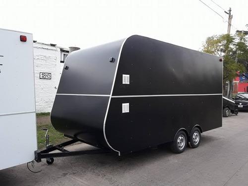 trailers 450 con amplia capacidad de carga.