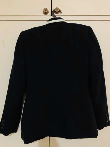 traje dama negro