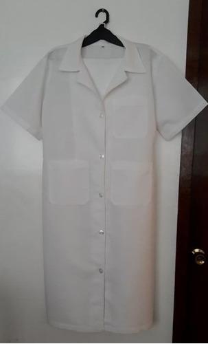 traje de ayudante de cocina (bata, mandil y turbante)