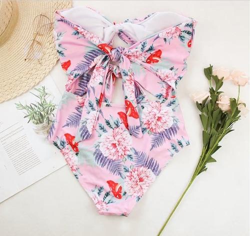 traje de baño bikini floral una pieza rosa mediana