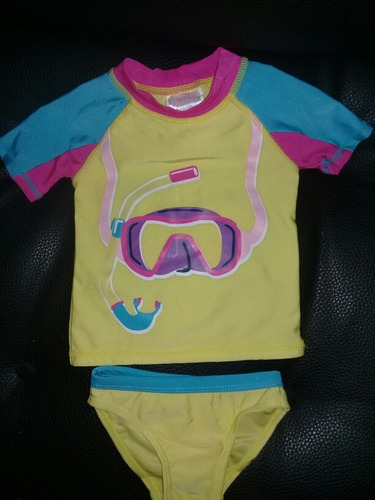 traje de baño de niña 6 meses con franela de protección uv