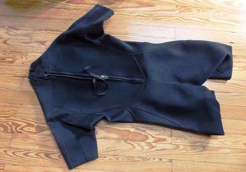 traje de neoprene corto importado