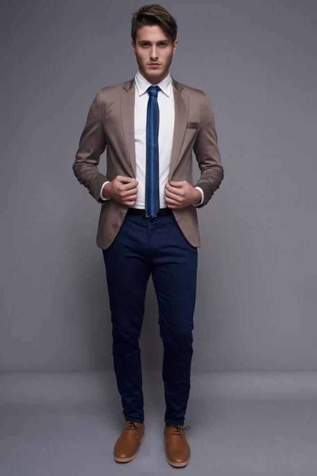 0c4f5b4c45 traje entallado c  pantalon chupin ambo de vestir. Cargando zoom.