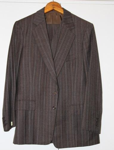 traje fino marron100% lana inglesa hecho a mano en sastreria