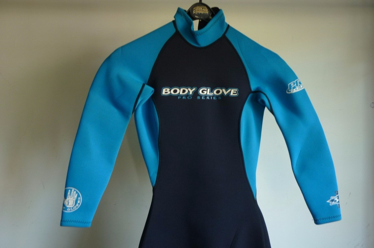 Traje Surf Body Glove Pro Series 3.2 Xsmall -   45.000 en Mercado Libre 4d22c302886