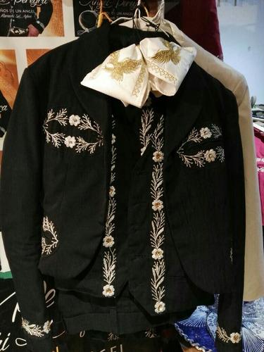 trajes para mariachis  2100 pesos