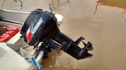 traker benavidez 5,50 mod. 2015 con suzuki 40 hp mod. 2012