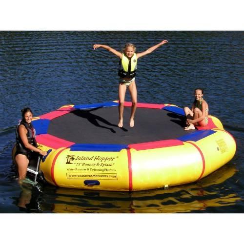 trampolin aquatico isla  flotante piscinas lagos mar