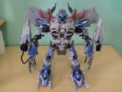 transformers megatron leader class do 1° filme