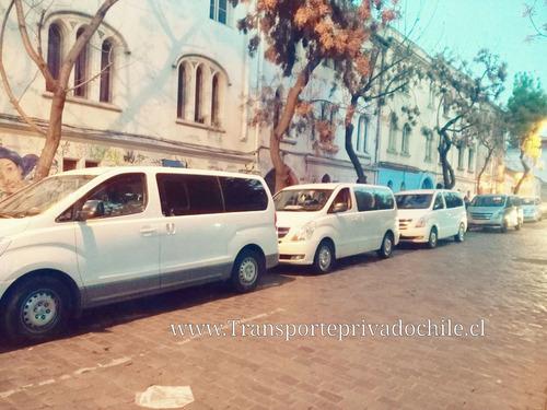 transporte de pasajeros acercamiento de trabajadores bus van