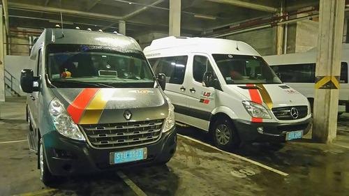 transporte de pasajeros camioneta combi traslados aeropuerto