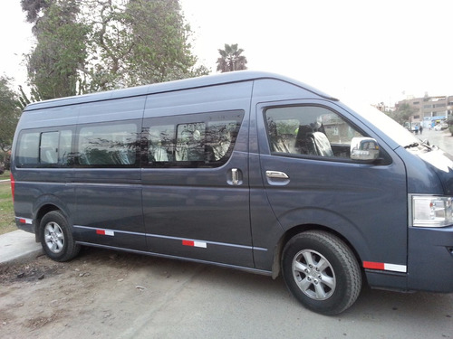 transporte de personal, alquiler de van, couster, bus