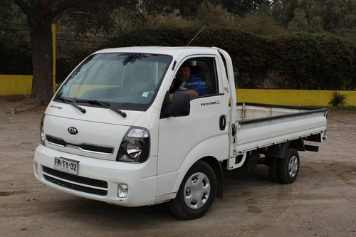 transportes de carga en camión plano -transportes río maipo.