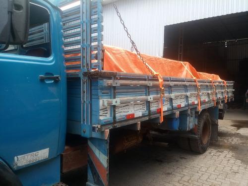 transportes de cargas, fretes e mudanças.