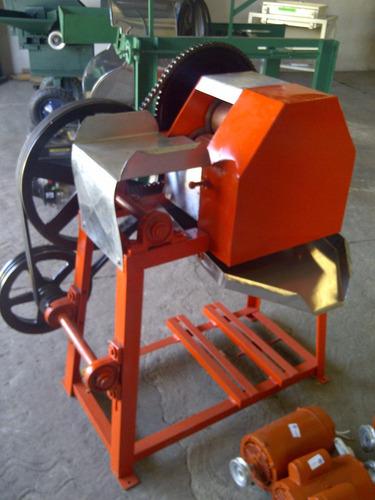 trapiche para caña con motor de 13 hp a gasolina