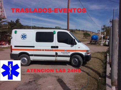 traslado de ambulancia © e.ficaz