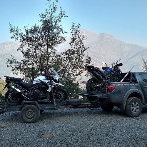 traslado de motos y turistas