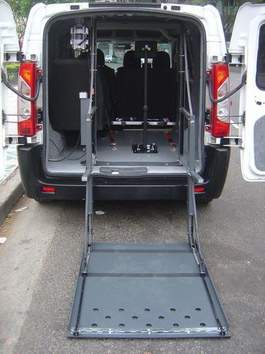 traslado discapacitados silla de ruedas transporte accesible
