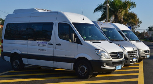 traslado personas personal van camioneta combi aeropuerto