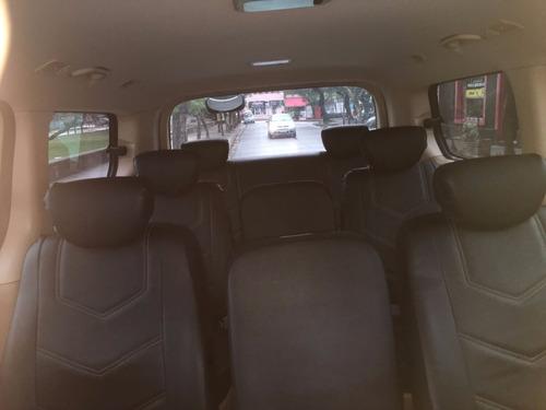 traslado y transporte de pasajeros a fiestas o eventos.