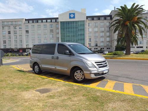 traslados y turismo en minivans y combis