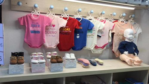 traspaso de tienda de ropa de bebés en san borja s/.9600