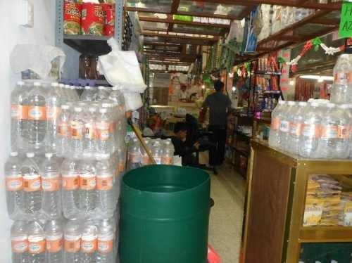 traspaso local mercado jorge jimenez cantu valle grande esqina con yang-tze