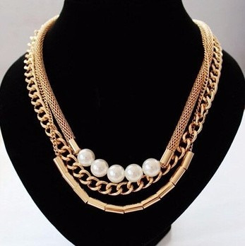 traspaso lote bisuteria de moda collares aretes anillos puls