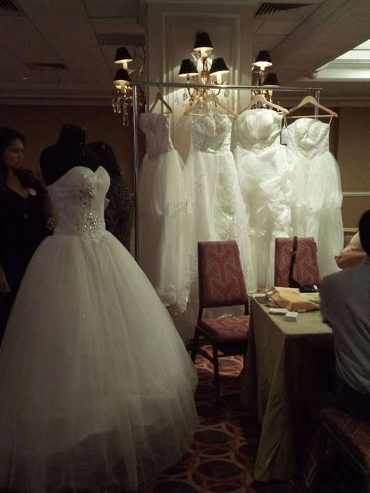 traspaso negocio de vestidos de novia - u$s 7,00 en mercado libre