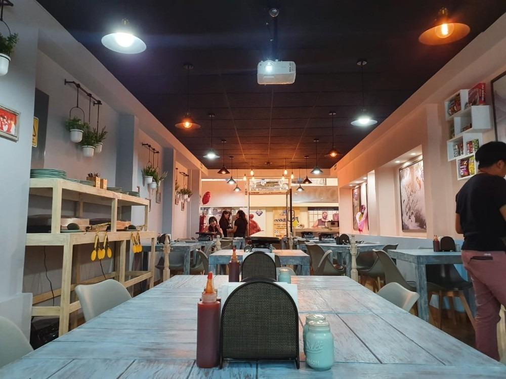 traspaso restaurante de comida coreana, excelente ubicación