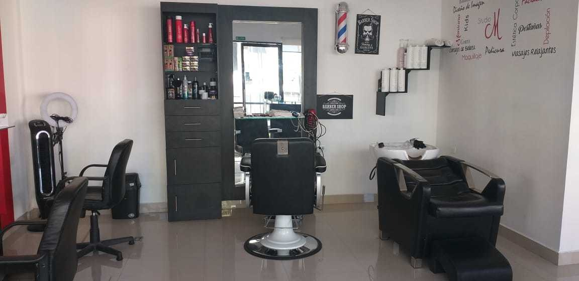traspaso salón-barbería en operación.