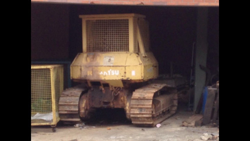 trator de esteira komattshu d41 e  1998