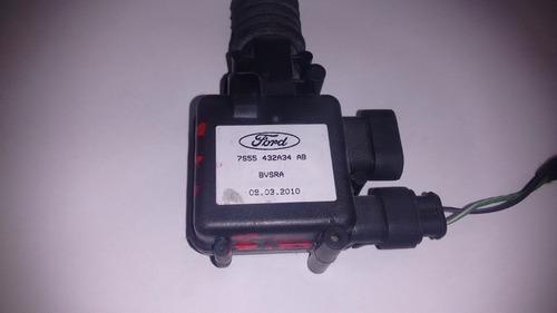 trava de tampa traseira ford ka 2010 em diante 7s55432a34