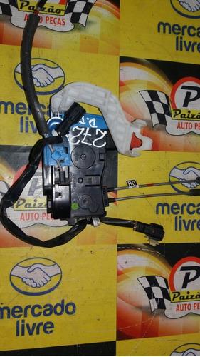 trava fechadura eletrica veloster 2013 dian/direita original