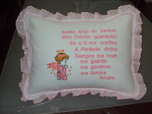travesseiro com oração do anjo da guarda rosa