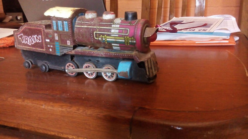 tren, juguete muy antiguo de colección
