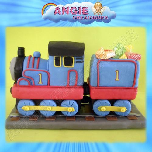 tren thomas vagon pinos y cartel porcelana fria adorno torta