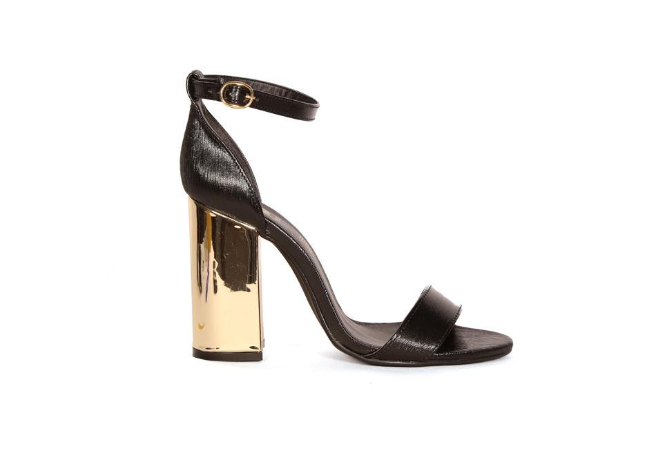 2ca6485b8b4 trender sandalia en color negro y tacon cuadrado dorado. Cargando zoom.