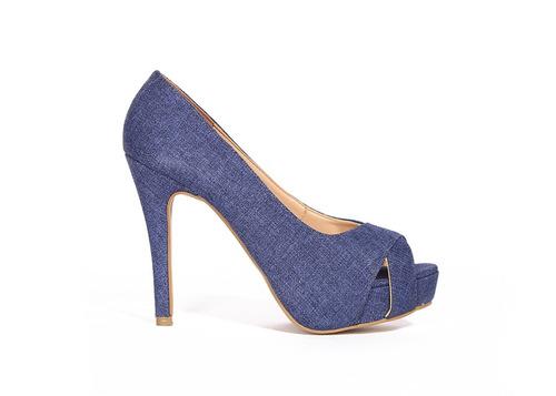 trender zapatilla en color mezclilla brillante y plataforma