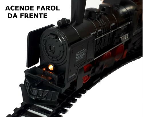 trenzinho elétrico a pilha locomotiva acende farol e trilhos