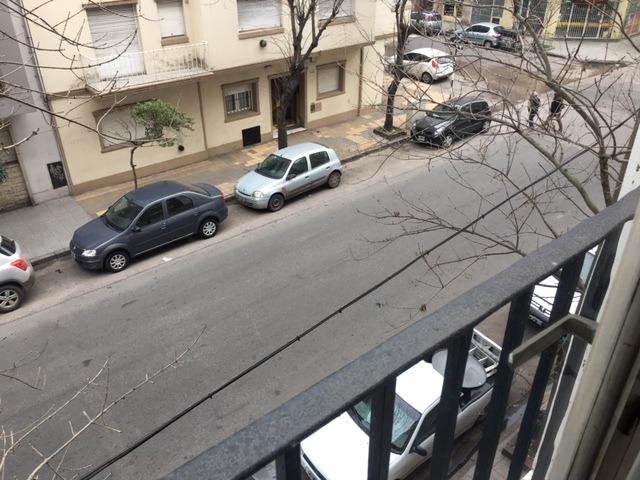 tres ambientes con balcon frances
