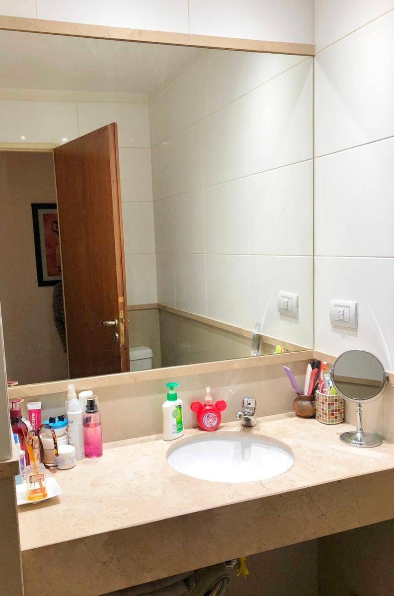 tres ambientes con cochera fija en venta en villa pueyrredon