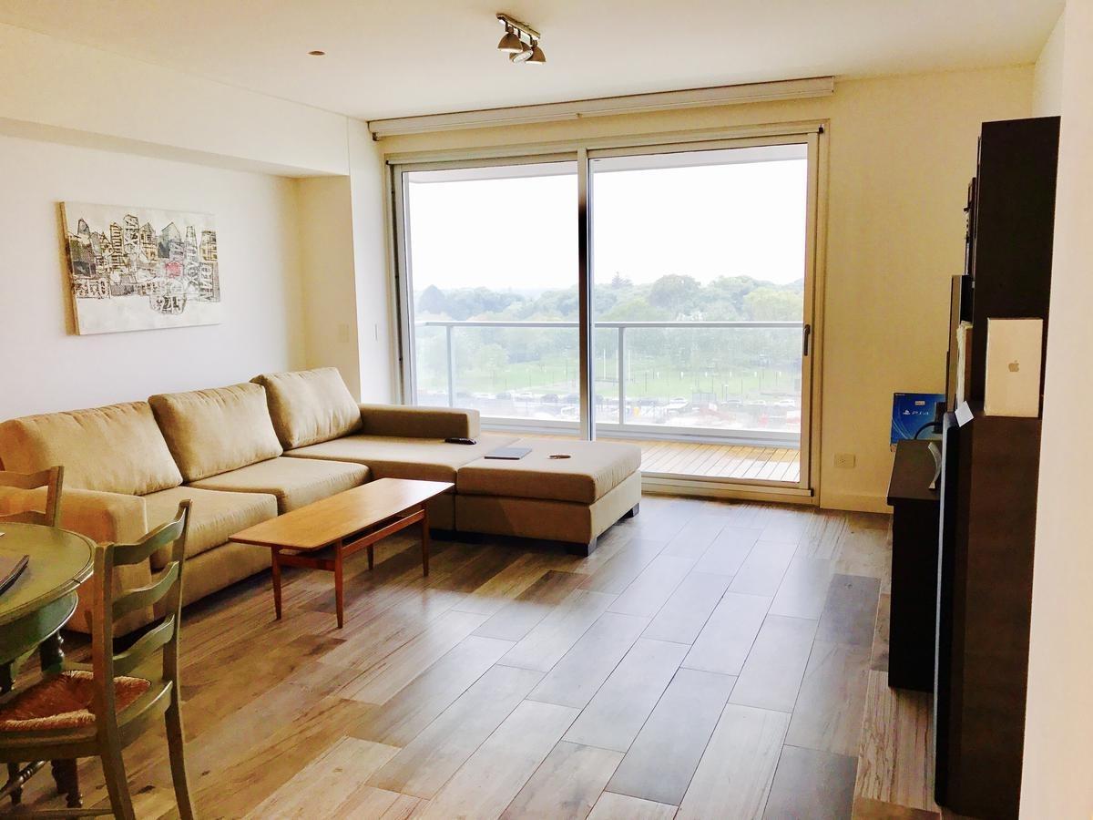 tres ambientes con doble cochera en harbour house. piso alto.