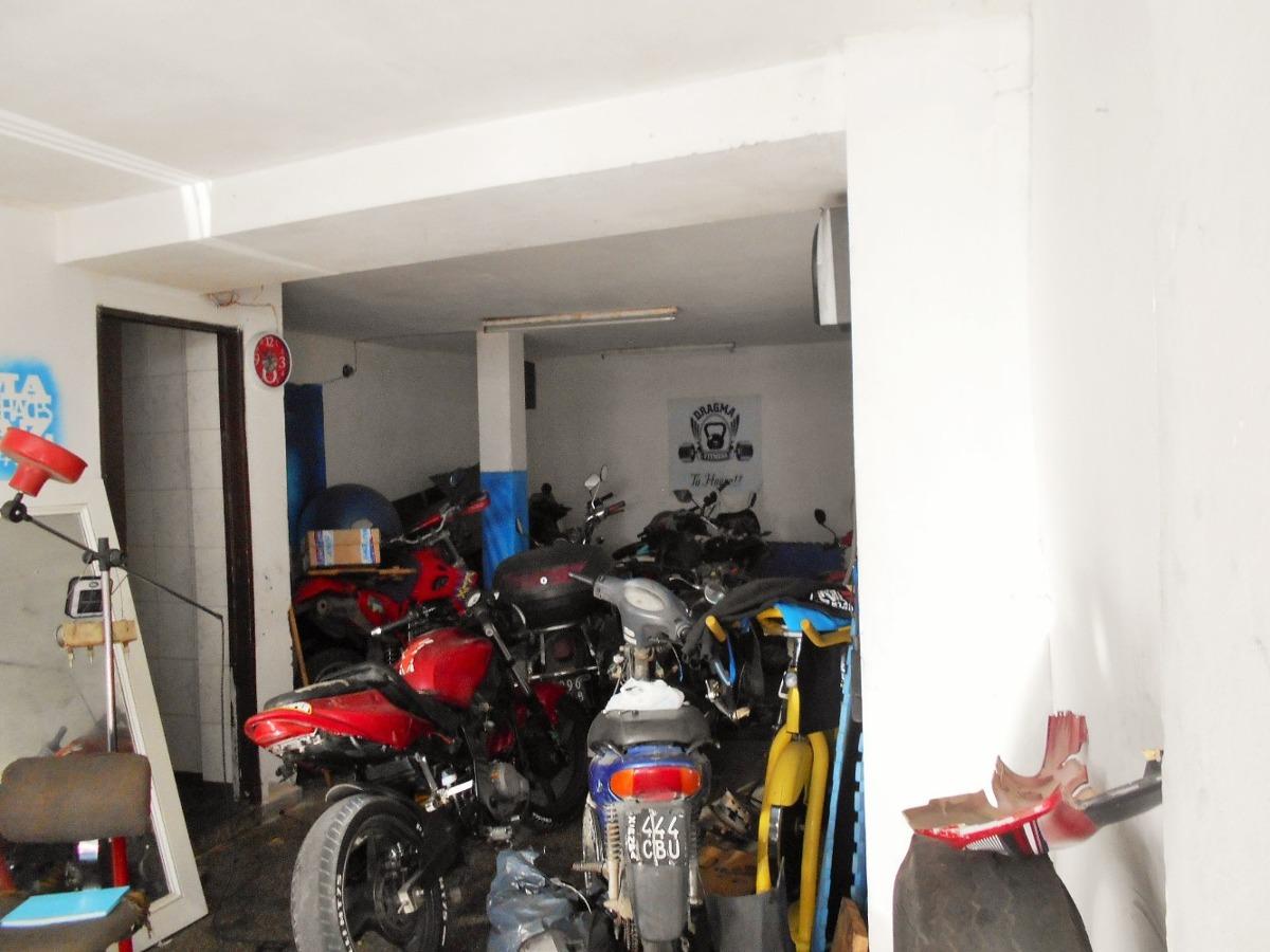 tres deptos + 2 locales + garage. valle hermoso , córdoba