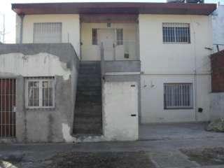 tres viviendas en block sobre lote de 10x28.50