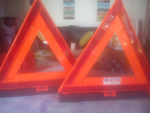 triangulos de seguridad el par