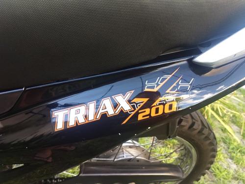 triax 200 corven