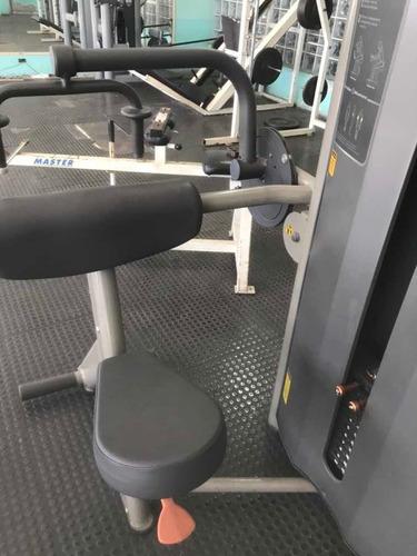 triceps máquina